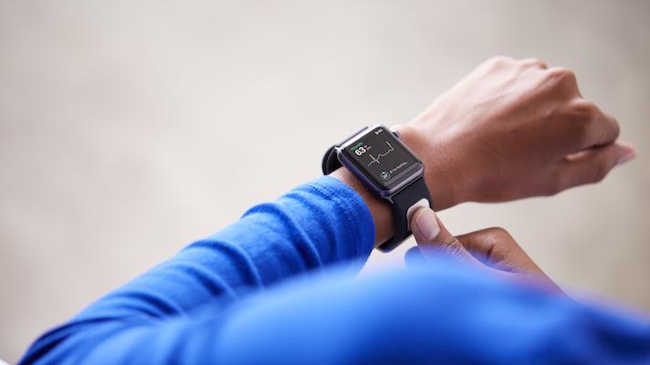 AlivCor ends sales of ECG accessory for Apple Watches