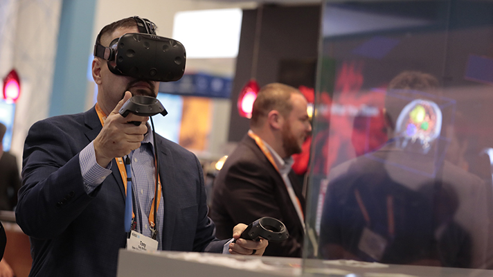 Easing pain with virtual reality